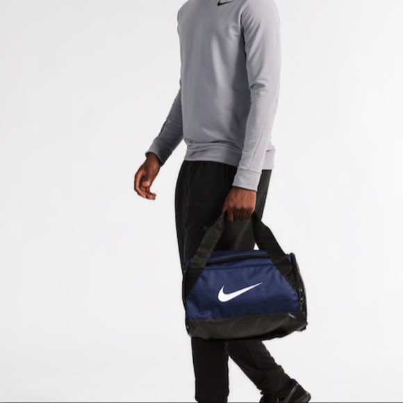 9577d2c0dcee New Nike Brasilia Duffel Bag Blue Extra Small